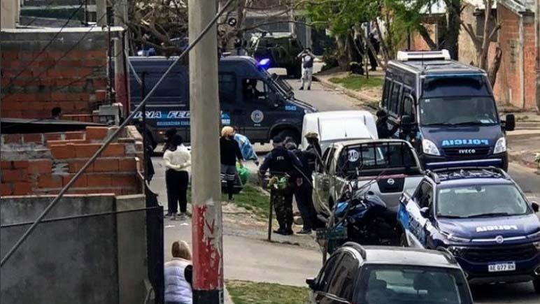 Doce allanamientos simultáneos en Rosario