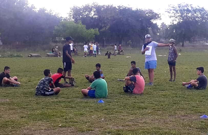 Nota del Club Baigorria unidos a la municipalidad local y Abrazo solidario.