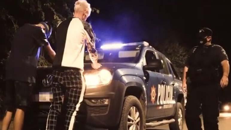 Dos patrulleros y tres agentes participaron sin autorización de un videoclip