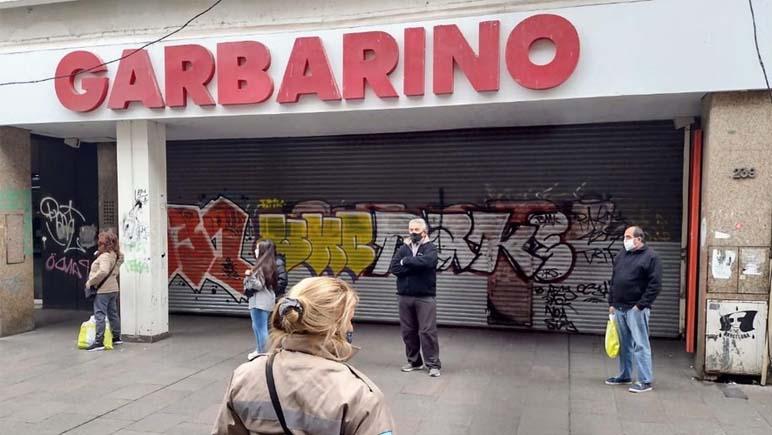 Cerró Garbarino… y no pagó los sueldos adeudados